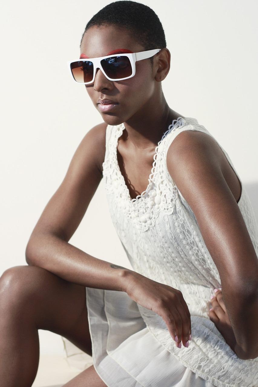 sunglasses-1547492_1280