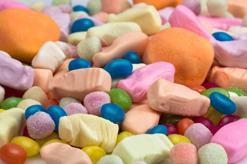 candy-3200857_1280